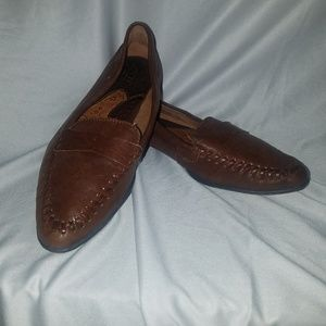Born brown loafers flats 7.5